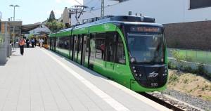 Der Zug aus Karlsruhe zu Besuch in Bad Soden am Taunus, der Endstation der S 3 und der RB 11. In Etwa solch ein Zug, solch ein Fahrzeug soll auch auf der RTW fahren.