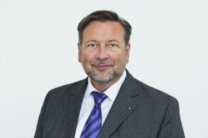RMV-Geschäftsführer Knut Ringat - Bild Urheber Rhein-Main-Verkehrsverbund GmbH