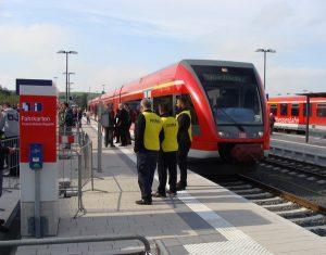 Ein Zug der Kurhessenbahn im Bahnhof Frankenberg im September 2015.